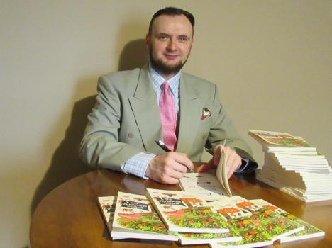 Adam Skrodzki   Wydawnictwo Akapit Press